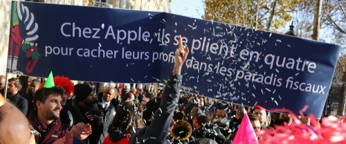 Attac Apple.jpg